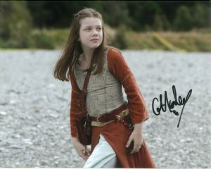 Georgie Henley - CHRONICLES OF NARNIA  10 x 8 Genuine signed Autograph 10760